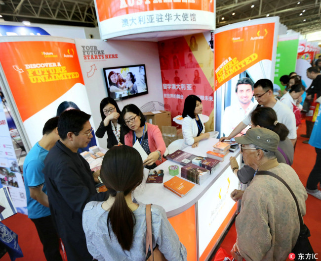 The Australian embassy's counter at the China International Education Exhibition Tour in Beijing on May 7, 2016. [File Photo: IC]