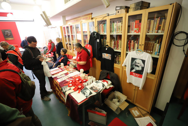 The Marx Memorial Library in London holds its open-day event on May 1st every year which is also the International Workers' Day. [Photo: China Plus/Liang Tao]