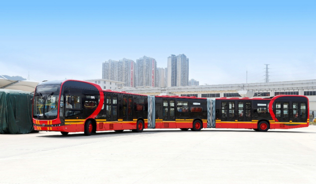 BYD's new 27-meter-long electric bus in Shenzhen, Guangdong Province on Monday, April 1, 2019. [Photo: BYD]