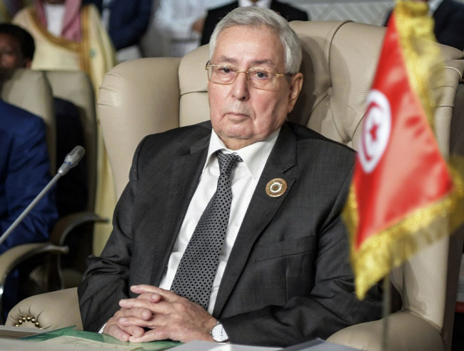 In this March 31, 2019 file, Algeria's Abdelkader Bensalah attends the opening session of the 30th Arab Summit in Tunis, Tunisia. [Photo: IC]