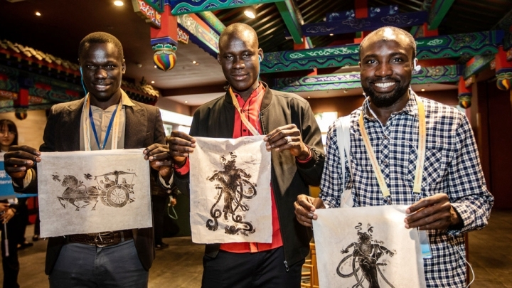 African journalists experience Chinese culture before B&R Forum
