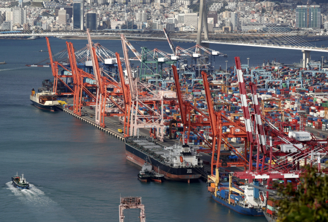 A view of the Busan Container Terminal in the Port of Busan in Busan, South Korea, October 21, 2017. [File photo: IC]