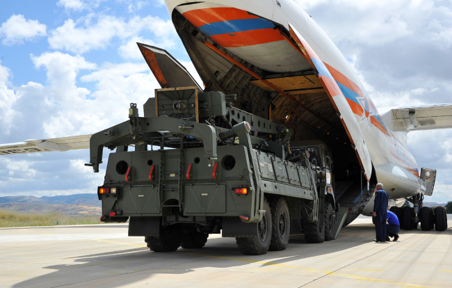 Russian military cargo planes carrying some part of the Russian S-400 anti-aircraft missile system purchased from Russia after arriving to Turkey at the Akincilar airbase in Ankara, July 12, 2019. [Photo: IC]
