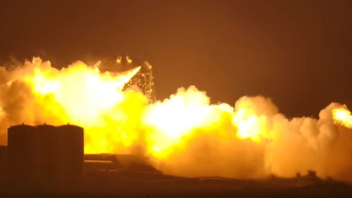 Fireball engulfs SpaceX prototype rocket after engine test