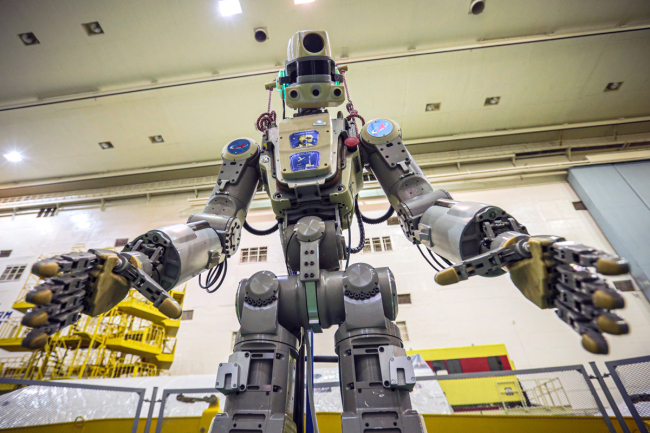 A handout photo made by the official website of the Russian State Space Corporation ROSCOSMOS shows Russian anthropomorphous robot Fedor (Skybot F-850) being tested on July 28, 2019 ahead of its flight on board Soyuz MS-14 spacecraft at the Baikonur Cosmodrome in Kazakhstan. [Photo: IC]