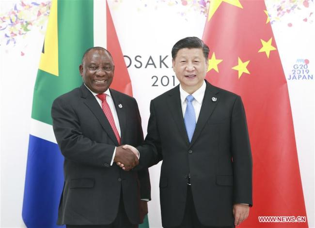 Chinese President Xi Jinping (R) meets with South African President Cyril Ramaphosa in Osaka, Japan, June 28, 2019.[Photo: Xinhua]
